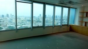 משרד במגדל ידוע בתל אביב