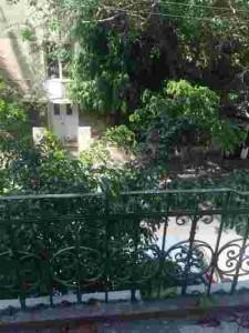 משרד מואר עם תקרה גבוהה בלב תל אביב