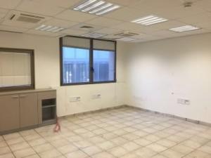 משרדים שמורים ונקיים במגדל בתל אביב