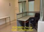 קבלה של משרדים להשכרה בבניין מטופח ליד בלומפילד