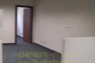 64 מר משרדים להשכרה בבניין מיוחד בדרום תל אביב