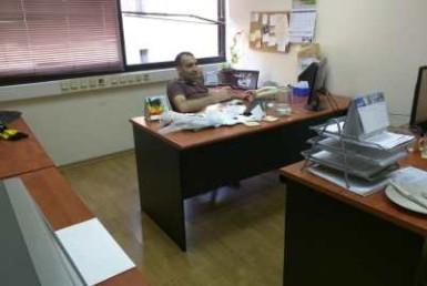 משרדים קטנים להשכרה במגדל מרכזי בגזרת בסר