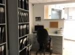 עמדת עבודה של משרדים מטופחים להשכרה רק 10 דקות מרכבת עזריאלי תל אביב