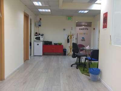 רחבה של משרדים להשכרה מרווחים ומוארים ביגאל אלון תל אביב