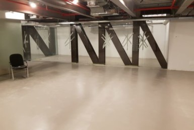 כניסה למשרדים להשכרה במגדל מאוד מרכזי ומפואר במרכז תל אביב