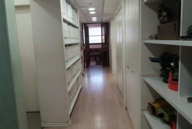 """350 מ""""ר משרדים להשכרה בק' מטלון, סמוך לציר ז'בוטינסקי"""