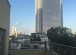 נוף ממרפסת של משרדים להשכרה בשכונת מונטיפיורי תל אביב עם מרפסת