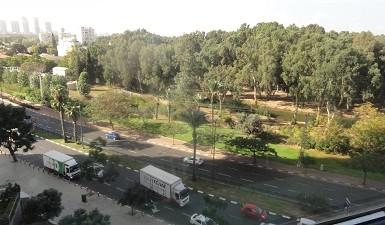 משרדים יוקרתיים להשכרה במגדלי בסר בקומה גבוהה עם נוף