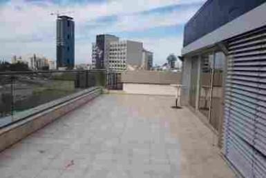 """100 מ""""ר משרדים להשכרה באזור הבורסה רמת גן עם מרפסת"""