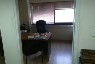 משרדים יפיפיים להשכרה בסמוך לקניון איילון