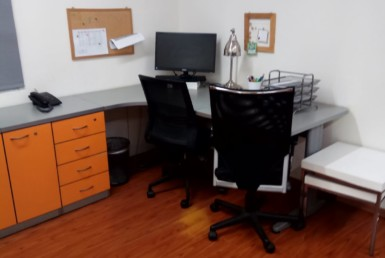 """100 מ""""ר משרדים להשכרה עם מרפסת נדירים על רוטשילד"""