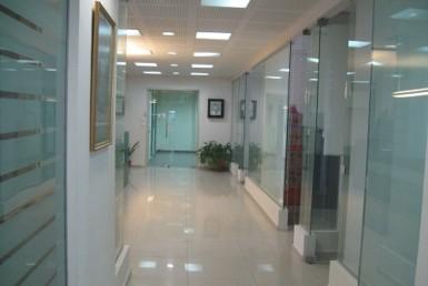 """485 מ""""ר משרדים הכל זכוכיות עם נוף מרהיב"""