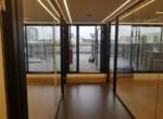 מסדרון ומרפסת  במשרדים מפוארים להשכרה ברמת החייל