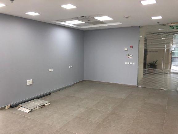 """חדר ישיבות - 165 מ""""ר Call center בבורסה"""