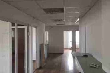 """150 מ""""ר משרדים להשכרה בשכונת מונטיפיורי קרובים לעזריאלי"""