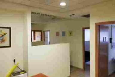 """93 מ""""ר להשכרה משרד בבניין ייצוגי"""