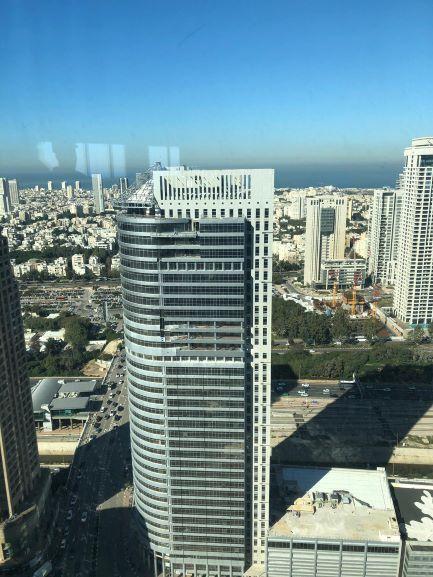 מגדל ספיר בבורסה במלוא הדרו