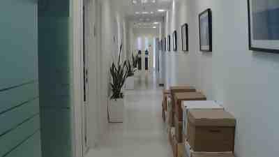"""251 מ""""ר משרדים להשכרה בבסר - מפוארים וזולים בקומה גבוהה"""