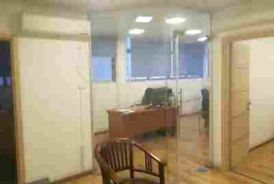 """65 מ""""ר משרדים להשכרה בשכונת מונטיפיורי ליד רכבת השלום"""