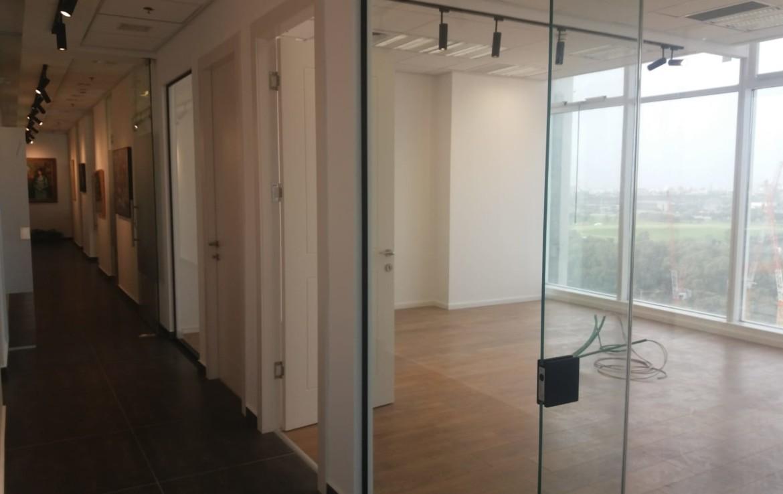 משרדים ברמה להשכרה בבסר 3