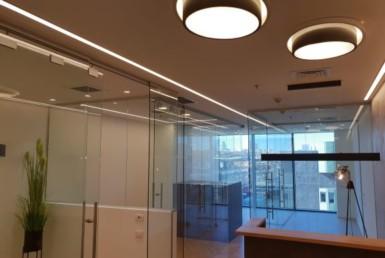 """310 מ""""ר משרדים מפוארים במגדל המוזיאון ליד בית משפט השלום"""