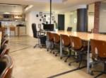 """700 מ""""ר משרדים להשכרה בקרית מטלון, משופצים לחלוטין"""