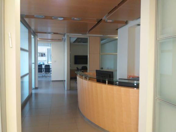 """212 מ""""ר משרדים להשכרה במגדלי בסר, רמת גימור גבוהה מאוד"""
