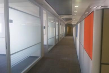 """1,100 מ""""ר משרדים יוקרתיים ומפוארים, ליד רכבת השלום"""