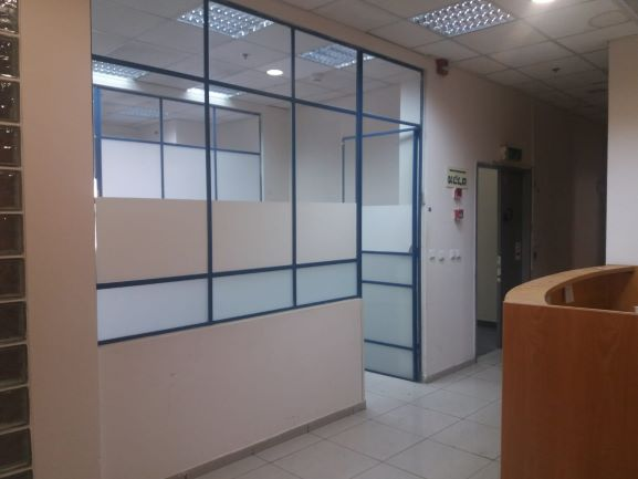 """600 מ""""ר משרד להשכרה בסגולה בתוך מתחם מגודר"""
