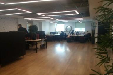 """1200 מ""""ר משרדים משופצים כחדשים, מרוהטים, מעוצבים ומושקעים"""