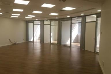 """400 מ""""ר משרדים במגדל גיבור ספורט מעוצבים, מושקעים, הייטקים לחלוטין"""