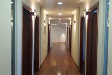 """270 מ""""ר משרדים להשכרה היישר מהניילונים במגדלי אלון"""