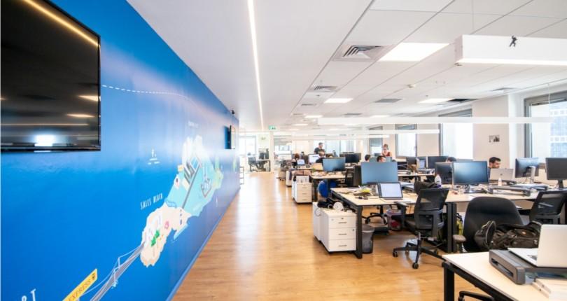 מהן העלויות שחברה צריכה לקחת בחשבון כשהיא בוחנת לשכור משרדים חדשים ?