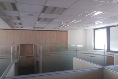"""310 מ""""ר משרדים להשכרה במונטיפיורי בלב ת""""א"""