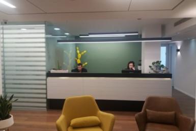 """1000 מ""""ר משרדים בבניין ייצוגי סמוך לציר גיבורי ישראל"""