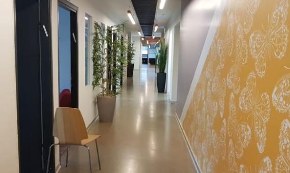 """מסדרון של 544 מ""""ר בבניין ייצוגי ברמת גימור גבוהה מאד בתל אביב"""