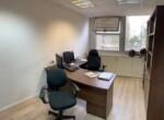 """269 מ""""ר משרדים משופצים וייצוגיים במונטיפיורי, חדר טיפוסי"""