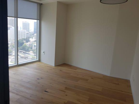 """במגדלי We החדשים בת""""א, 284 מ""""ר עוד חדר עם נוף"""