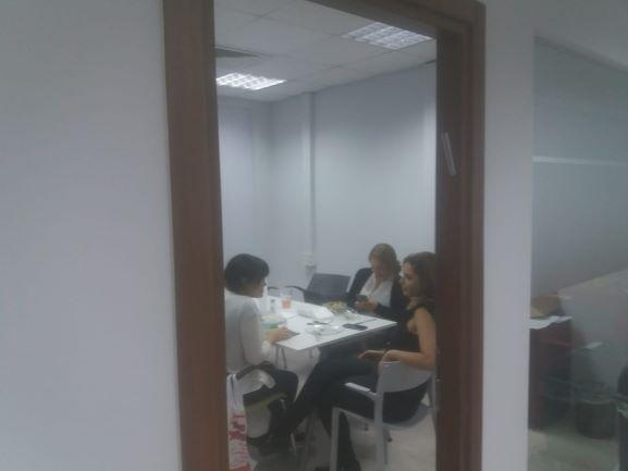 """217 מ""""ר משרדים יפיפיים בחרושת רעננה, חדר ישיבות"""