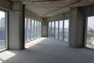 """מגדל We החדש בת""""א 240 מ""""ר במעטפת שפיץ המשרד"""