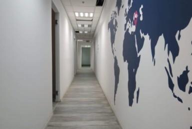 410 משרד יפייפה על יגאל אלון, מסדרון