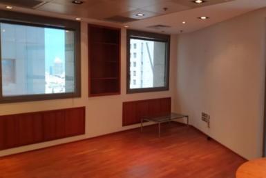 משרדים מפוארים להשכרה במגדל פלטינום פינה בחדר