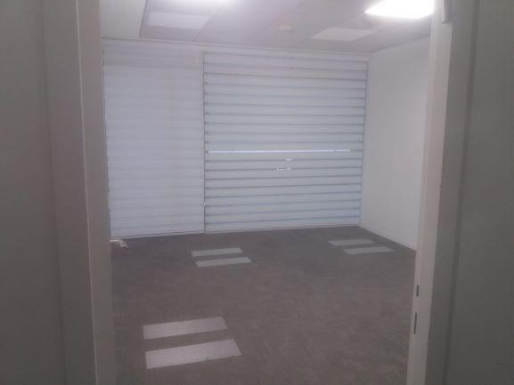 """307 מ""""ר להשכרה בהרצליה פיתוח, חדר עבודה"""