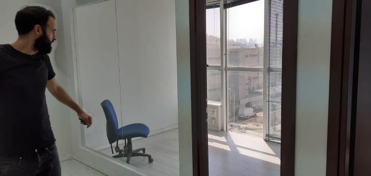 """משרד להשכרה בקרית מטלון פ""""ת, חדר עבודה"""