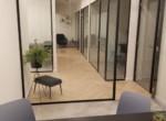 משרדד חדש וחדיש למכירה בארבעה, מבט מהמסדרון