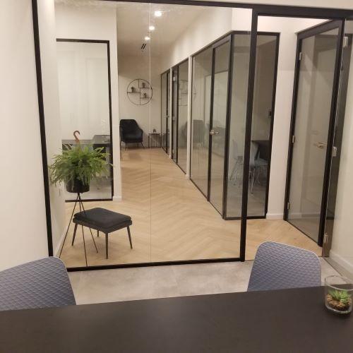 חדר עצמאי חדש וחדיש במגדל הארבעה, מראה מבחוץ