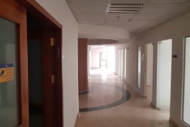 """419 מ""""ר משרד להשכרה במגדל שלום, מסדרון"""