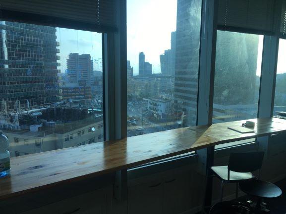 משרד להשכרה בבית סונול, נוף מהחלון