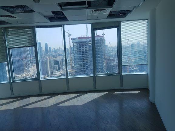 """משרד להשכרה במגדל סונול 607 מ""""ר, נוף מהחלונות"""