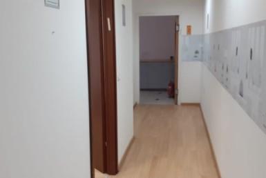 משרד להשכרה בבניין בוטיק על אבא אבן הרצליה, מסדרון